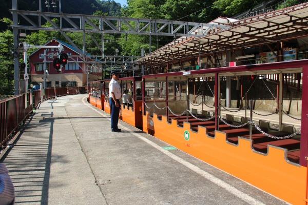서브04_도롯코열차.JPG