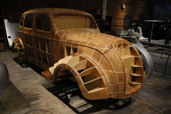 서브06_도요타산업기술기념관_차량목업.JPG